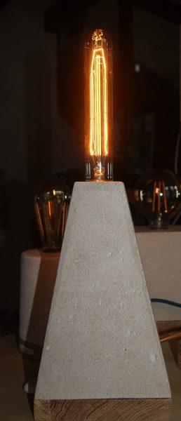 lampe béton trapèze